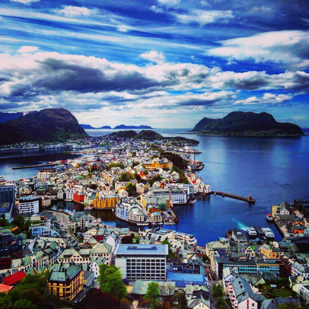 хлебникова последнее картинки норвегия города с названиями продукции
