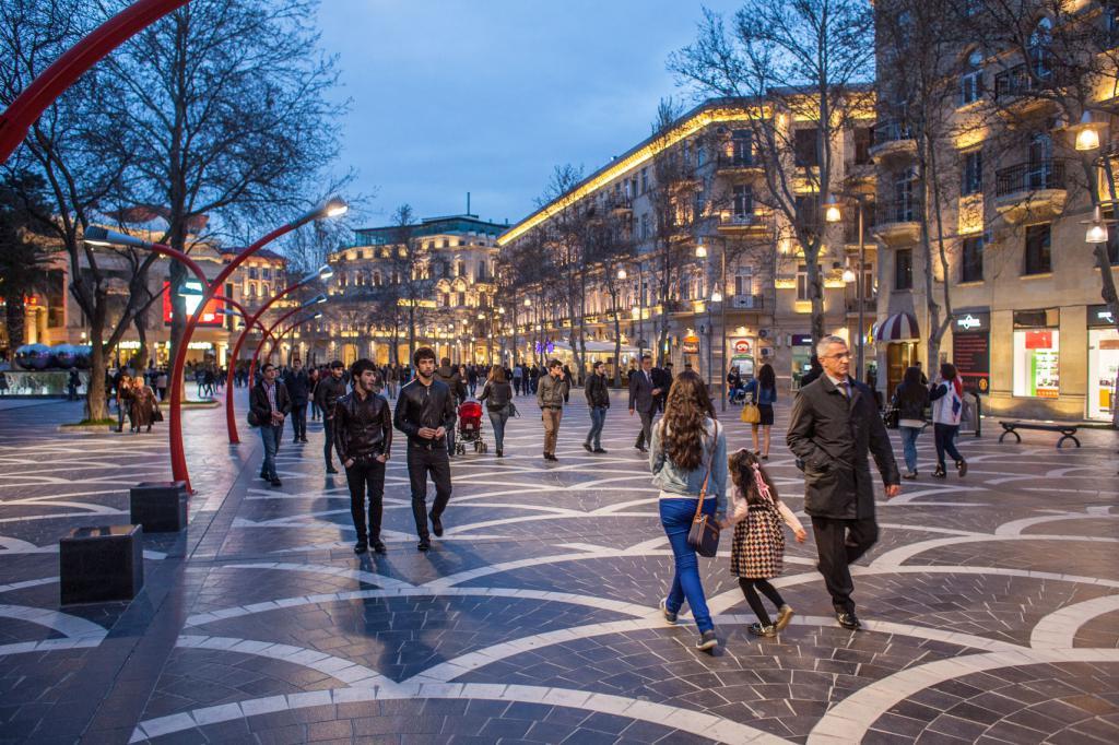 фото бакинских улиц уголок без столовой