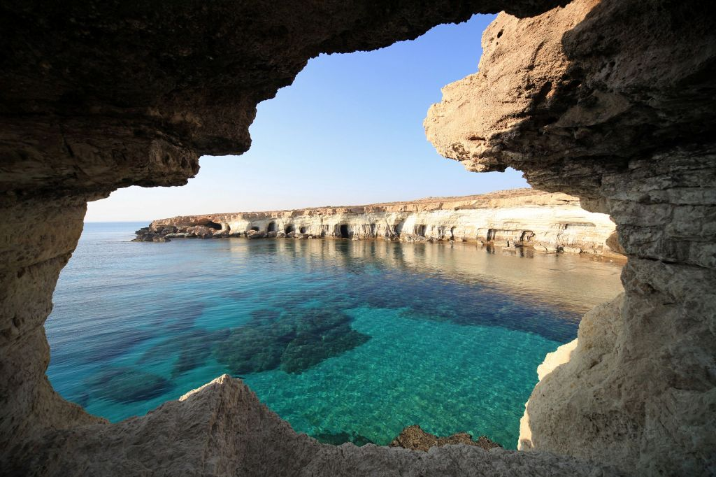 Морские пещеры в Айя-Напе