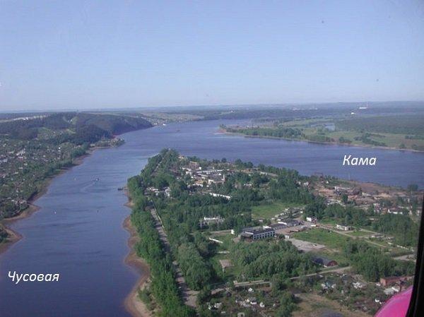 река Чусовая впадает в Каспий