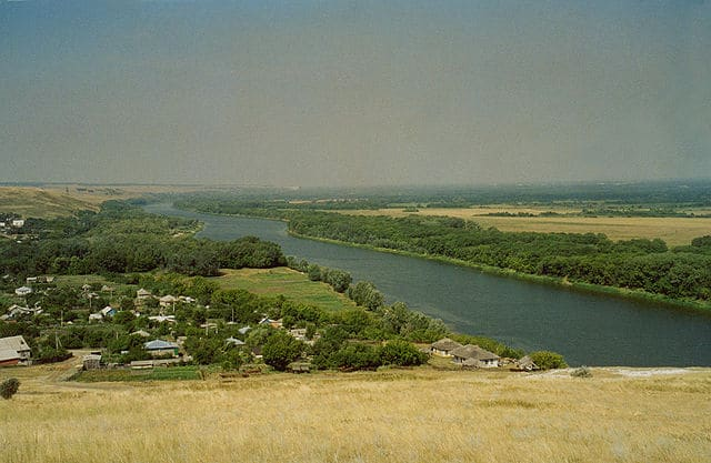 Река Дон летом