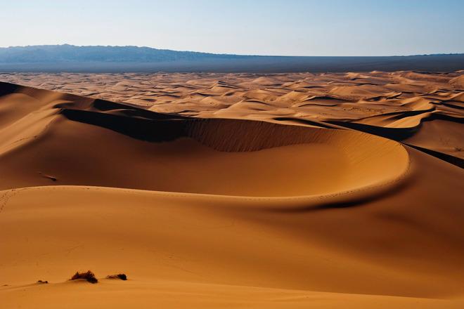 Оранжевые пески пустыни Гоби