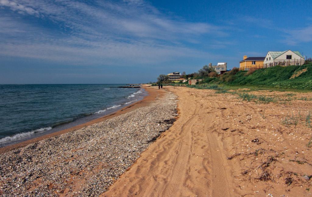 Поселок Ильич, чистое Азовское море
